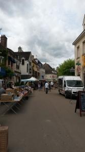 Chablis town market