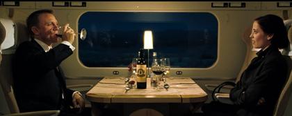 bond_angelus_wine